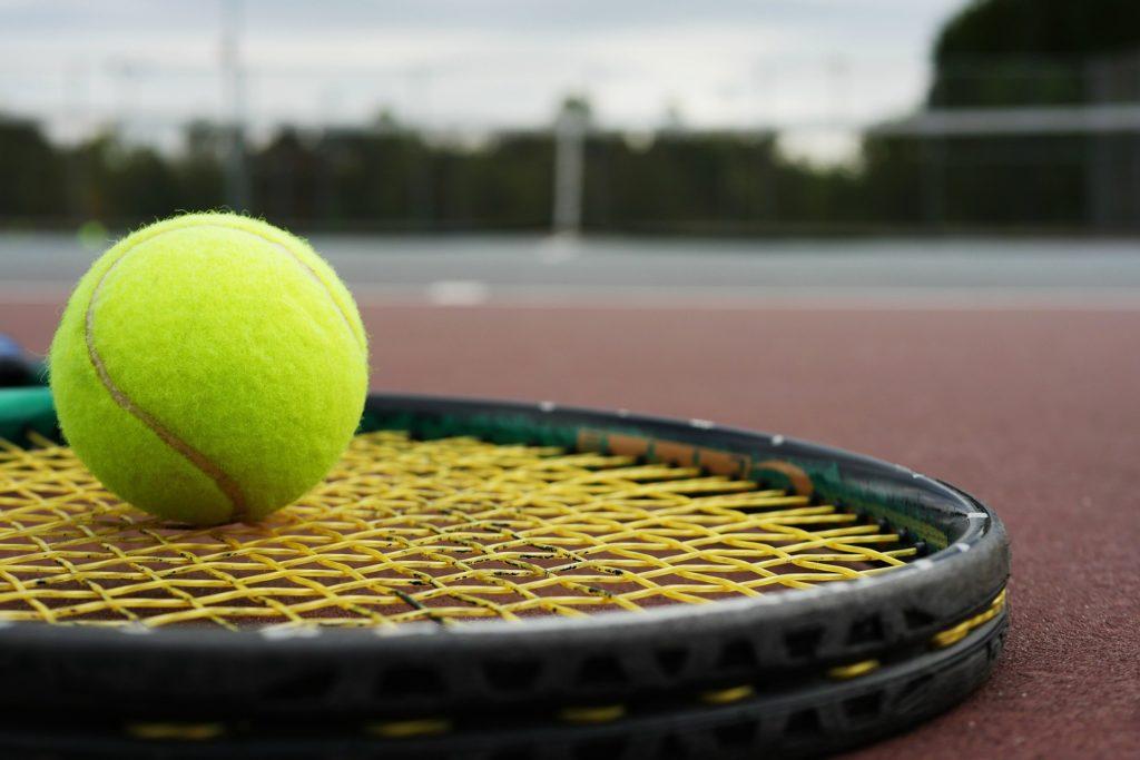 Carbon Fibre Tennis Racket